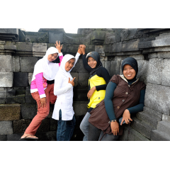 Friends in Java